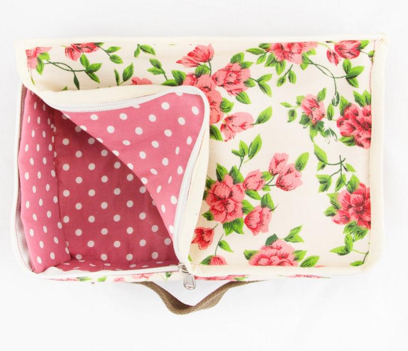 aufbewahrung tasche koffer stoff rosen 22x31cm wohnen wohnaccessoires aufbewahrung kisten truhen. Black Bedroom Furniture Sets. Home Design Ideas