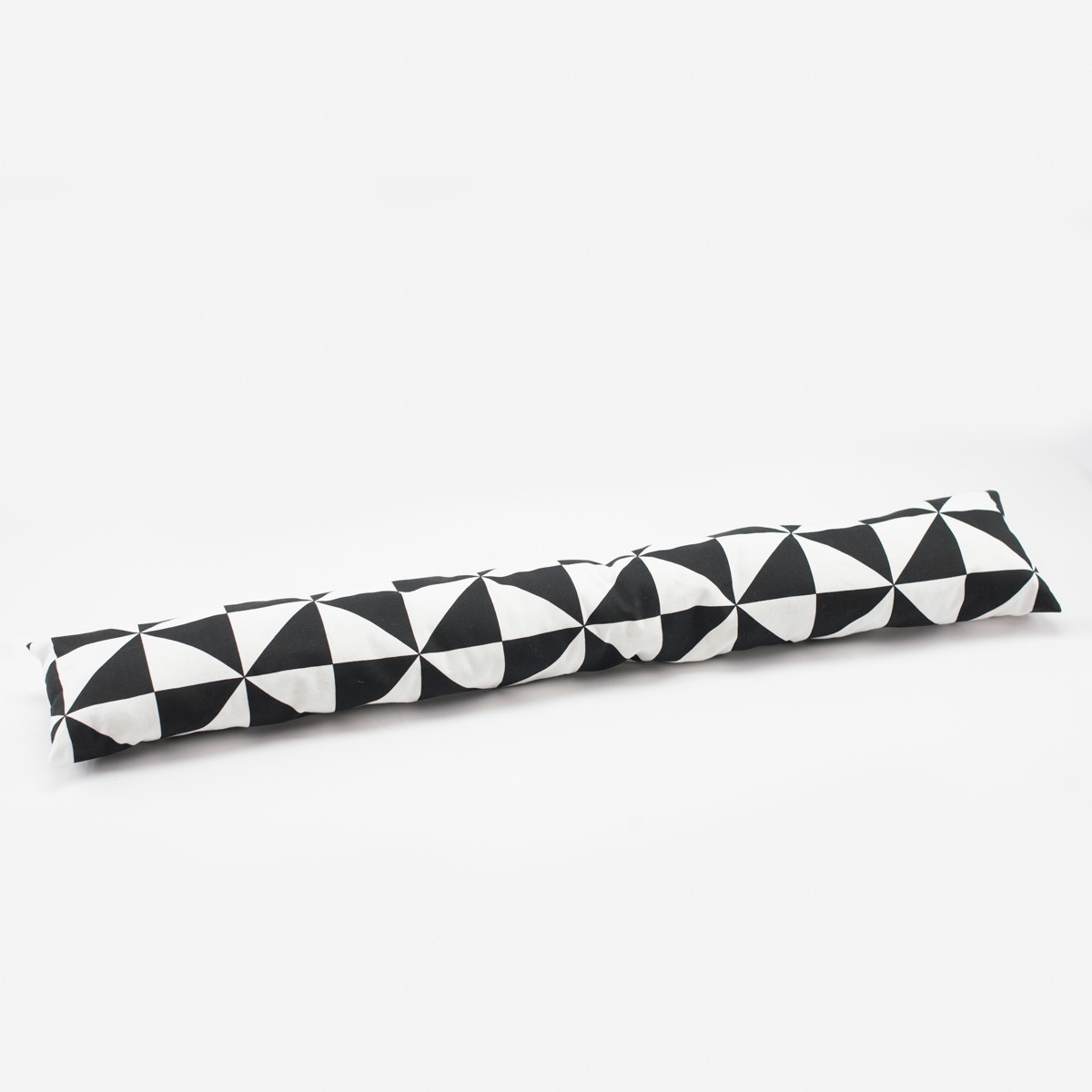 zugluftstopper retromuster schwarz wei 80 bis 130cm lang wohntextilien kissen zugluftstopper. Black Bedroom Furniture Sets. Home Design Ideas