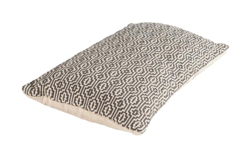 kissen dekokissen cambridge grobes webmuster creme schwarz 30x50cm wohntextilien kissen strick. Black Bedroom Furniture Sets. Home Design Ideas